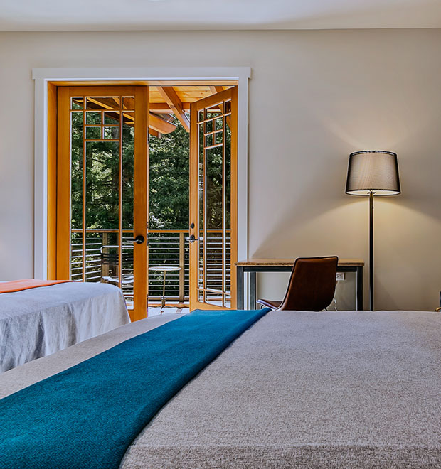 Deluxe Rooms at 1440 multiversity